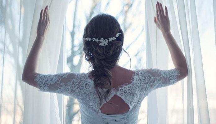 9fa28a4541 Νυφικά 2019  Οι κορυφαίες τάσεις της χρονιάς για έναν ονειρεμένο γάμο