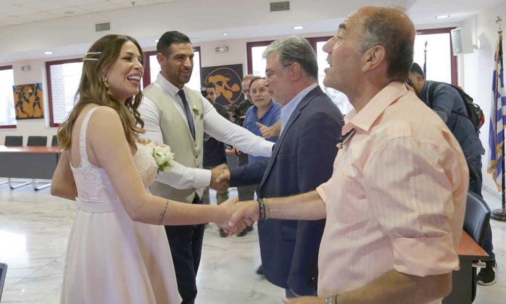 Δωρεάν ραντεβού παντρεύτηκε UK